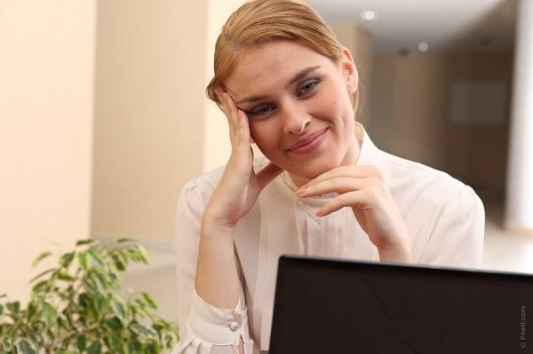 acne hormonal feminina tem cura